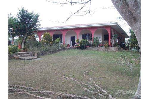 Residenziale in # 2154 - THREE BEDROOM HOUSE + 92 ACRES + 1/2 MILE, Chial, Cayo   , Belize