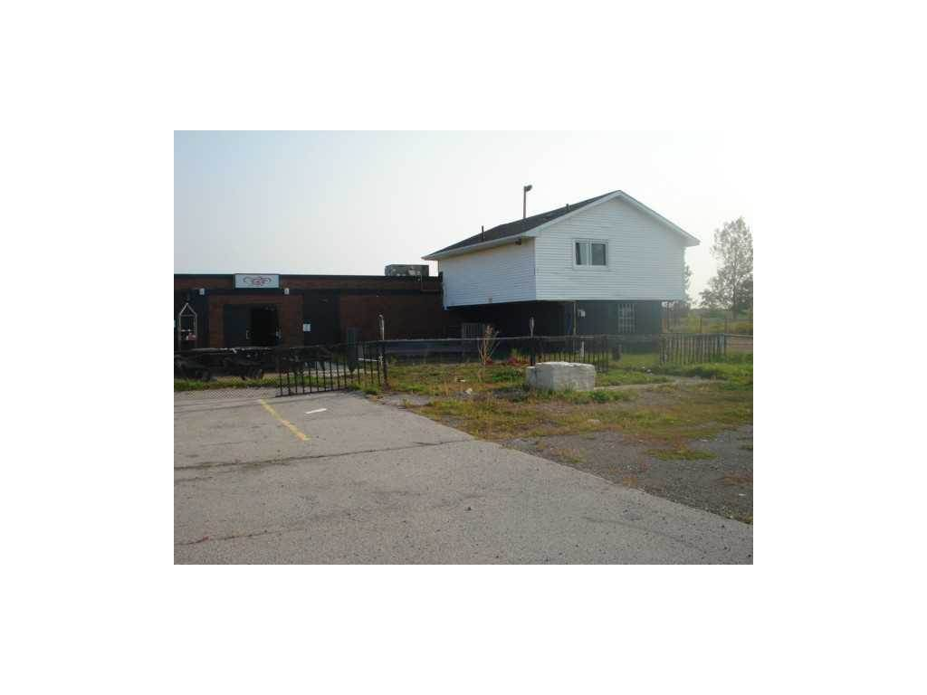 Affitto commerciale in 443 #20 Highway, Stoney Creek, Ontario ,L8J 3H6  , Canada