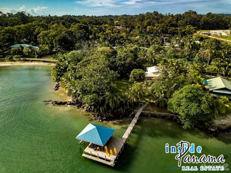 Residenziale in Absolute Beach Front Titled Home in Bocas Del Toro, Panama, Isla Colon, Bocas del Toro ,0101  , Panama