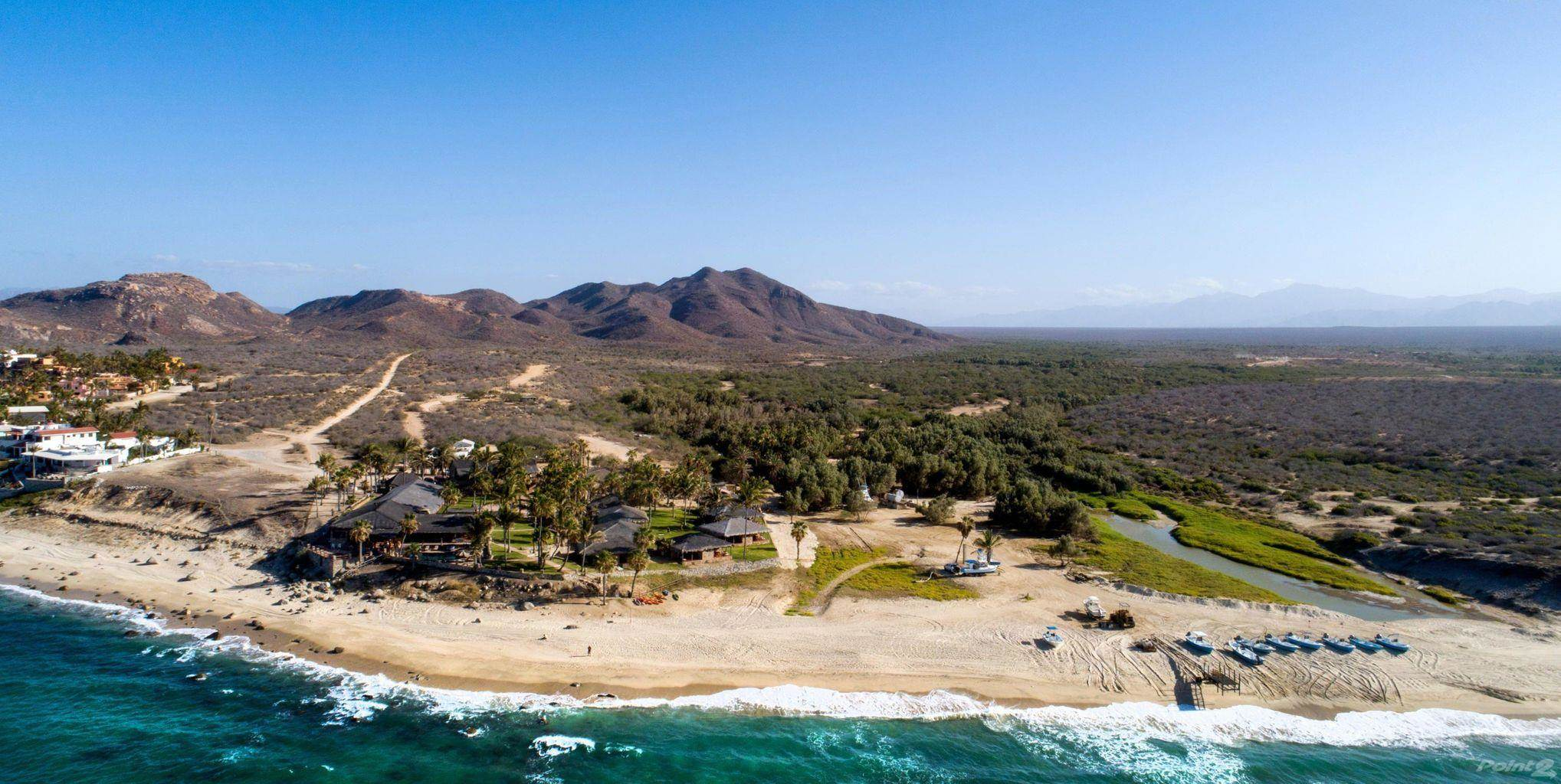 Residenziale in ICONIC OCEANFRONT RESORT + 160 ACRE LOT, IN ONE OF THE MOST TRESURED LOCATIONS OF MÉXICO, EAST CAPE, Los Barriles, Baja California Sur ,23300  , Messico
