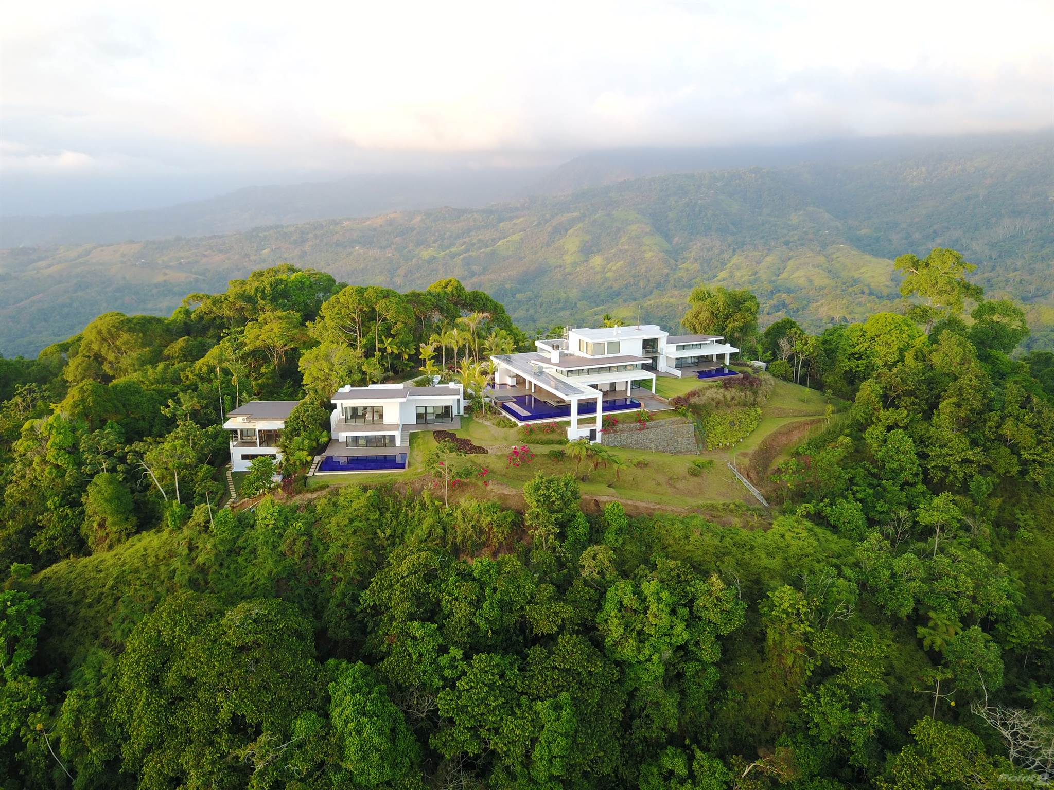 Residenziale in 4 ACRES - 5 Bedroom Modern Luxury Estate With 3 Pools And Epic Ocean Views!!!, Dominical, Puntarenas ,DOMINICAL  , Costa Rica