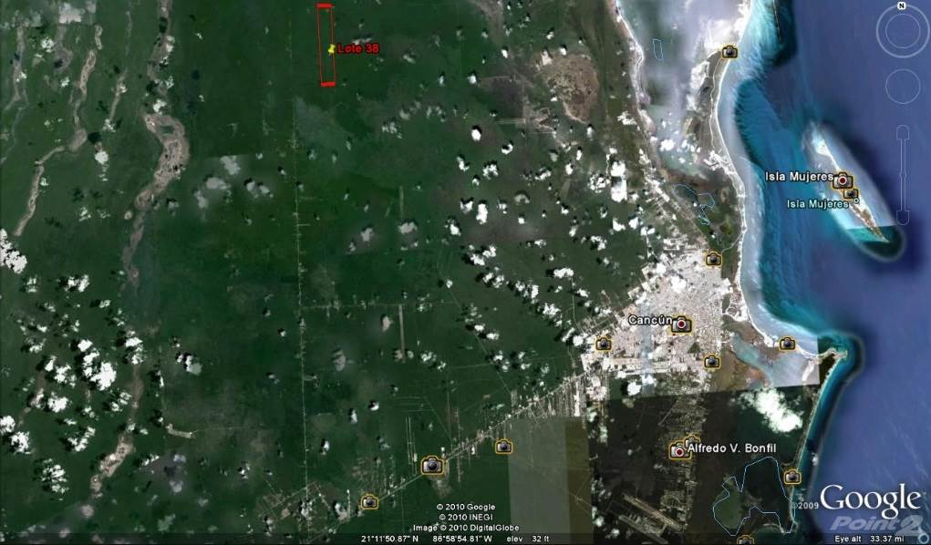 Residenziale in COMMERCIAL LAND FOR SALE WITH AUTHORIZED PROYECT IN ISLA MUJERES 474 HECTARES, Isla Mujeres, Quintana Roo   , Messico