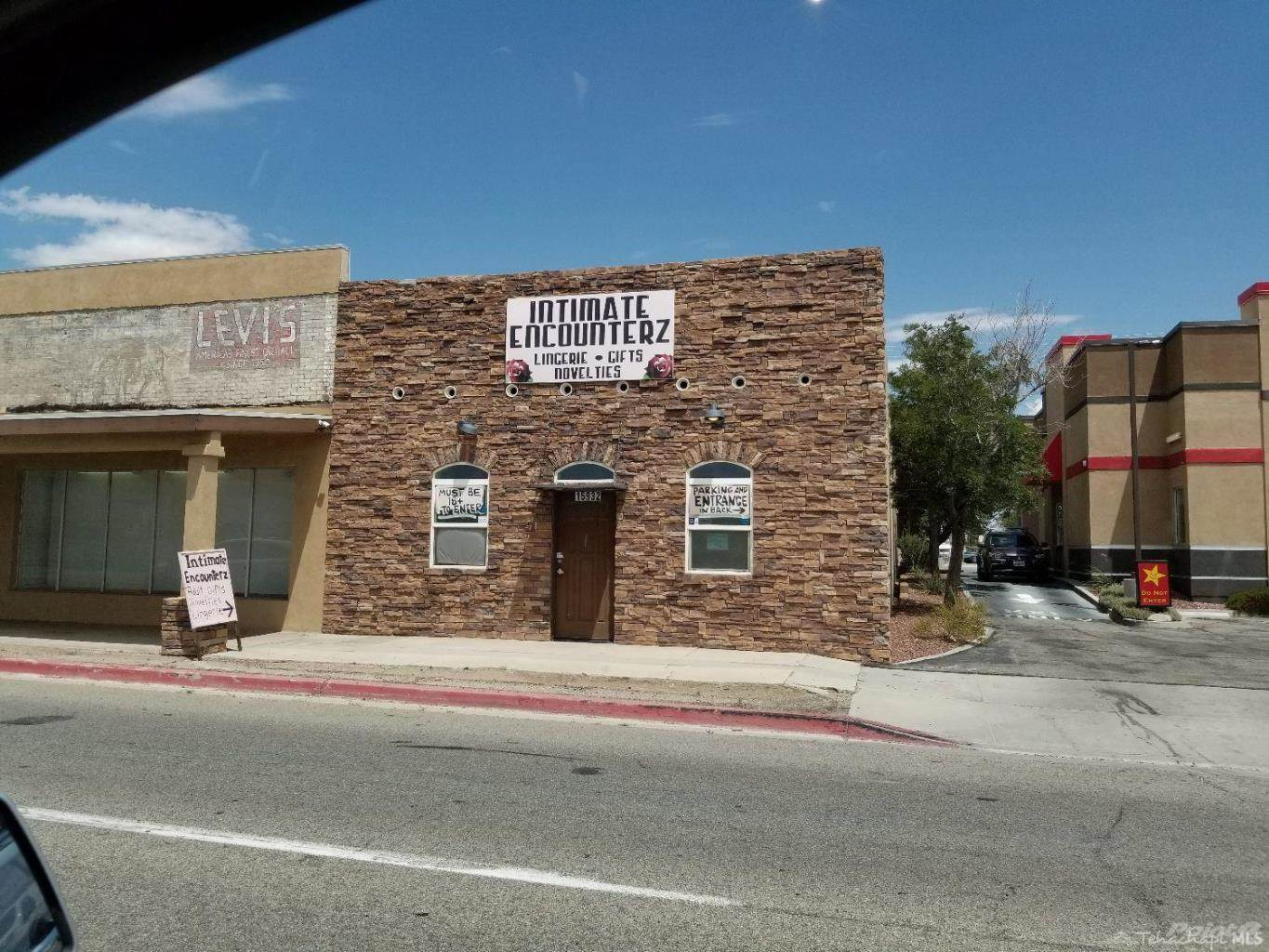 Acquisto commerciale in 15932 Sierra Highway, Mojave, California ,93501