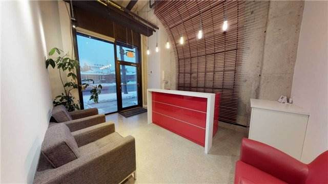 Affitto commerciale in 758 Sheppard Ave W, Toronto, Ontario ,M3H2S8  , Canada