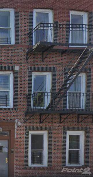 Acquisto commerciale in LRD-0 Coster St, Bronx, NY 10474; Bronx 6 Units! Apartment For Sale BUY NOW!!!, Bronx, NY ,10474