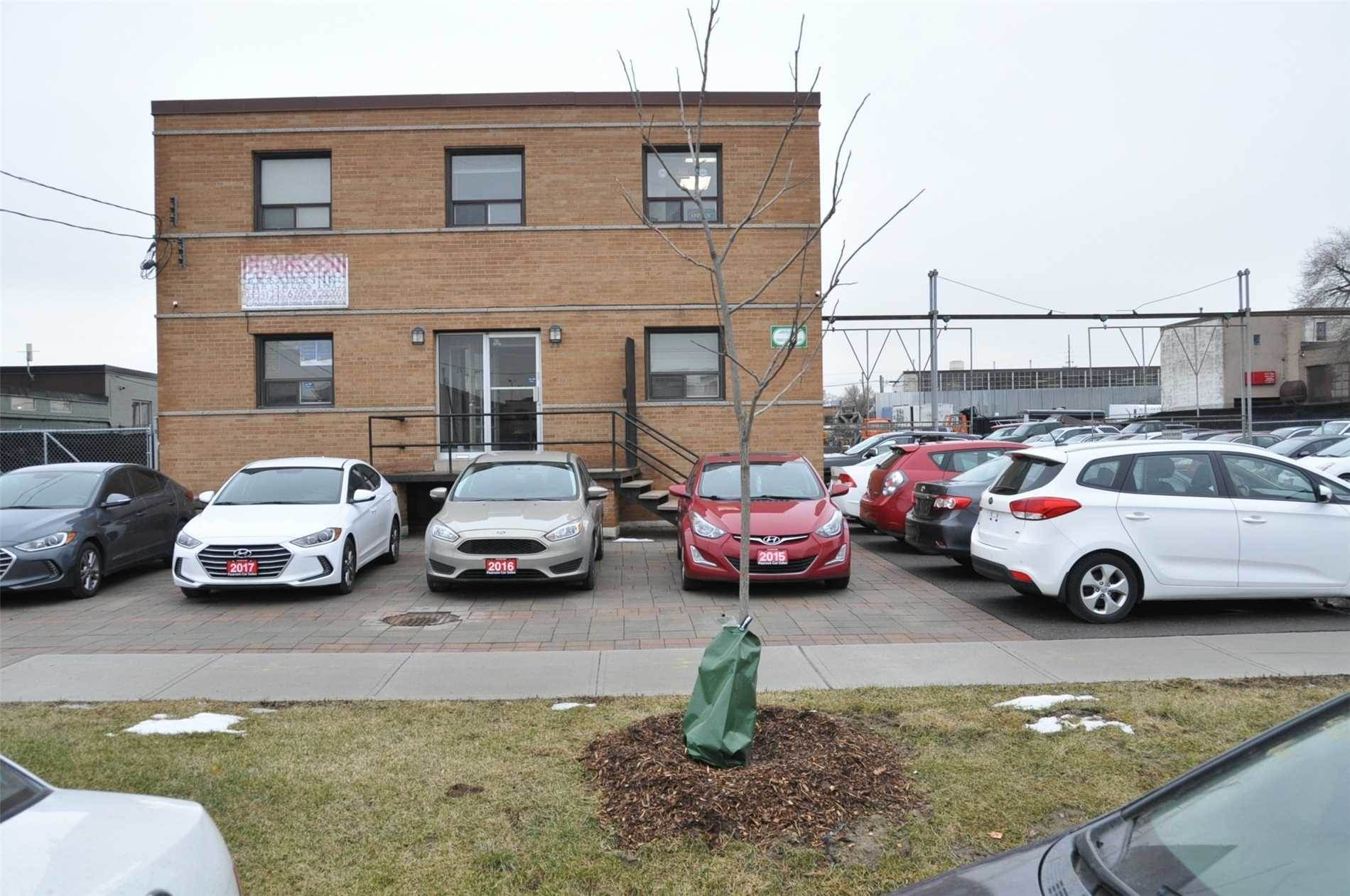 Affitto commerciale in 25 Taber Rd, Toronto, Ontario ,M9W3A7  , Canada