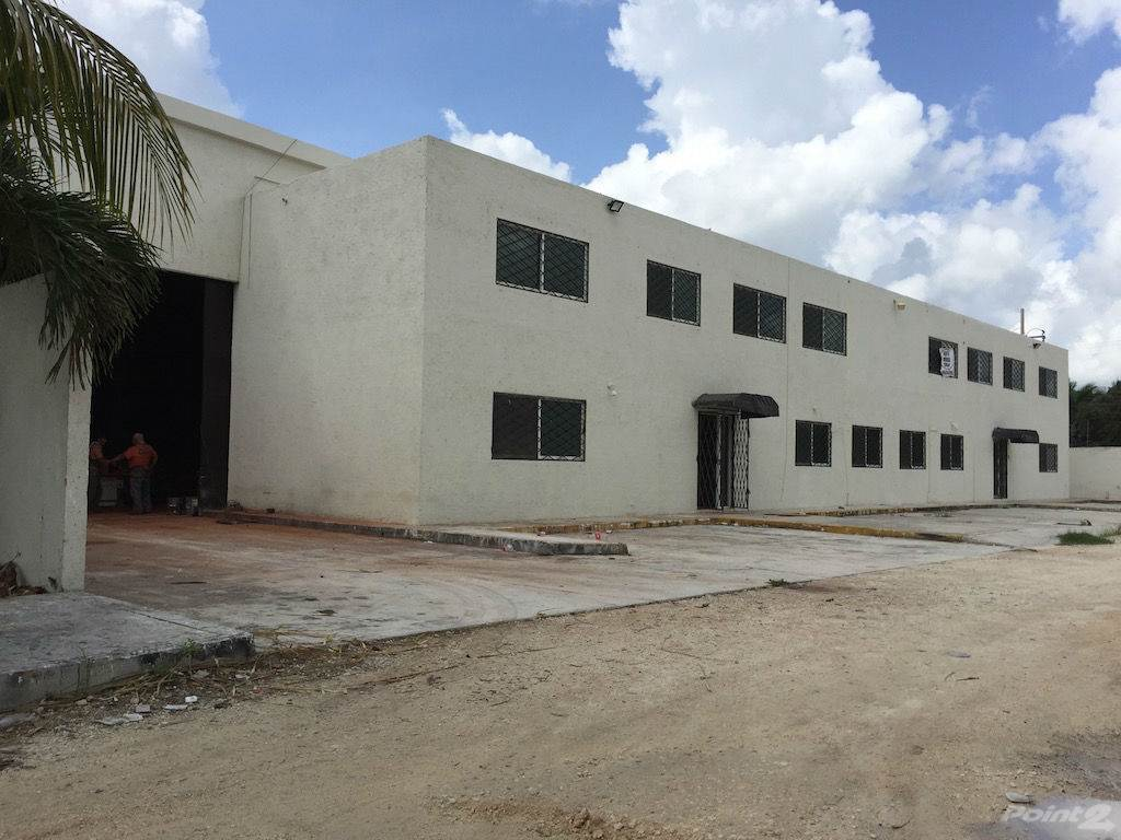 Affitto commerciale in Avenida Colosio Cancun Industrial Warehouse Rent or Sale, Cancun, Quintana Roo ,77500  , Messico
