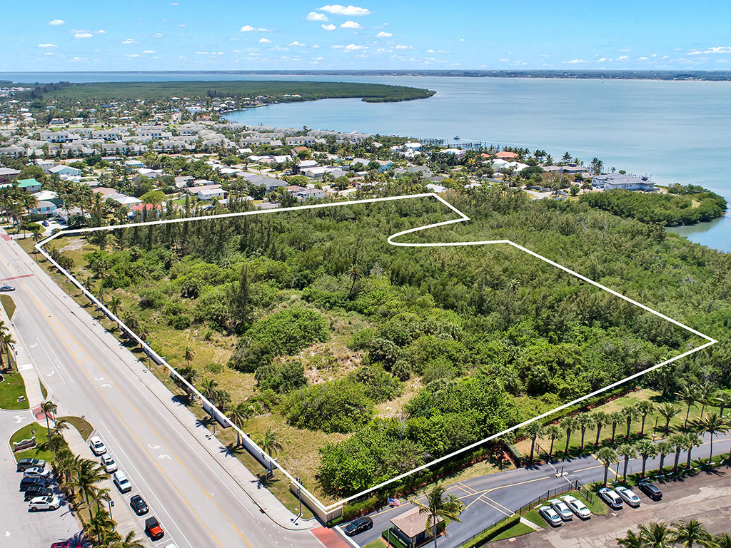 Compra di terreno in 901 S Ocean S Drive, Fort Pierce, Florida ,34950