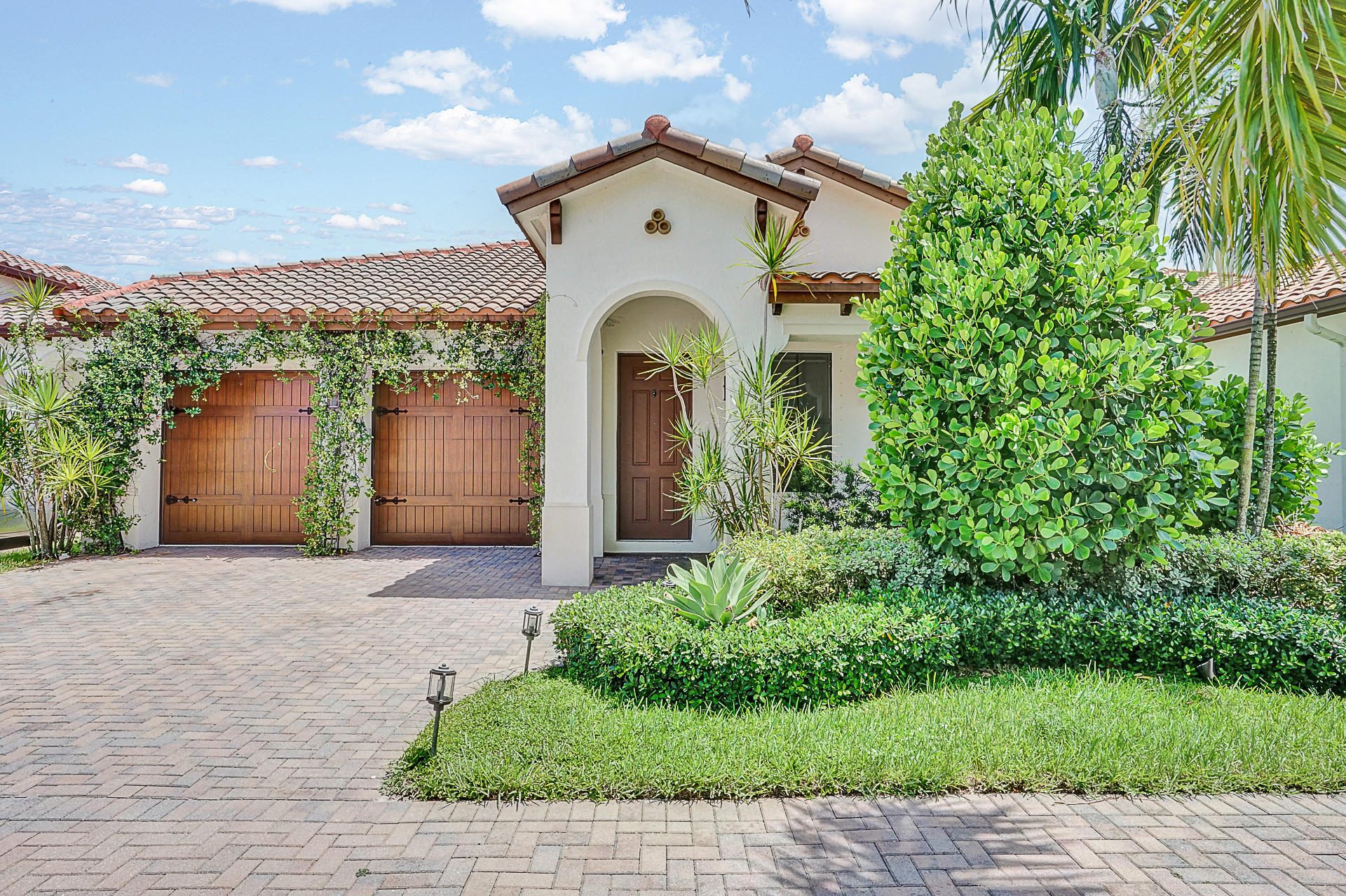 Residenza monofamiliare in vendita in 8332 NW 26th Court, Cooper City, Florida ,33024