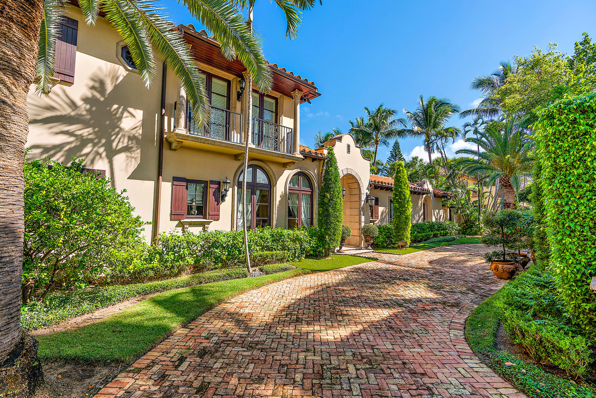 Residenza monofamiliare in vendita in 167 Seabreeze Avenue, Palm Beach, Florida ,33480