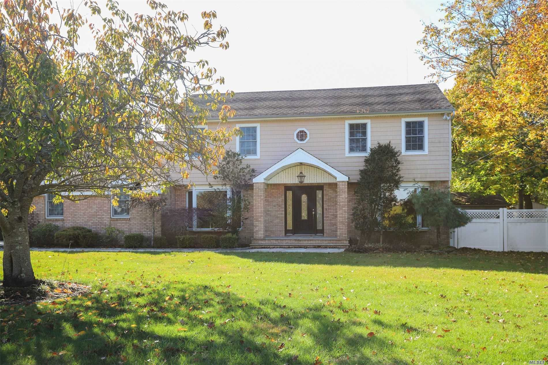 Residenziale in 324 Great River Rd, Great River, NY ,11739