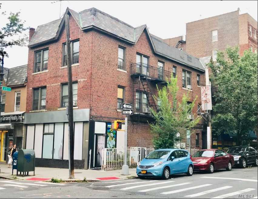 Acquisto commerciale in 41-05 45 St, Sunnyside, NY ,11104
