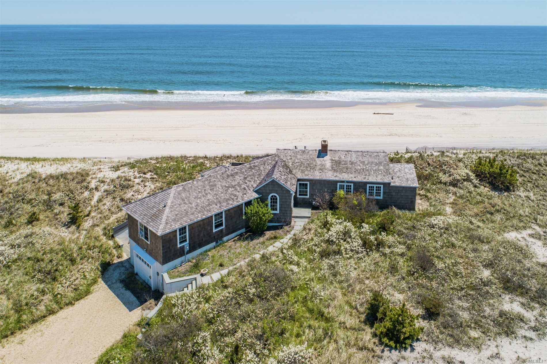 Residenziale in 154 Dune Rd, Quogue, NY ,11959