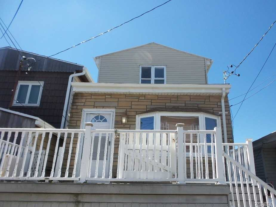 Residenziale in 108 6th E Rd, Broad Channel, NY ,11693