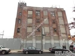Acquisto commerciale in 201-209 46 St, Brooklyn, NY ,11220