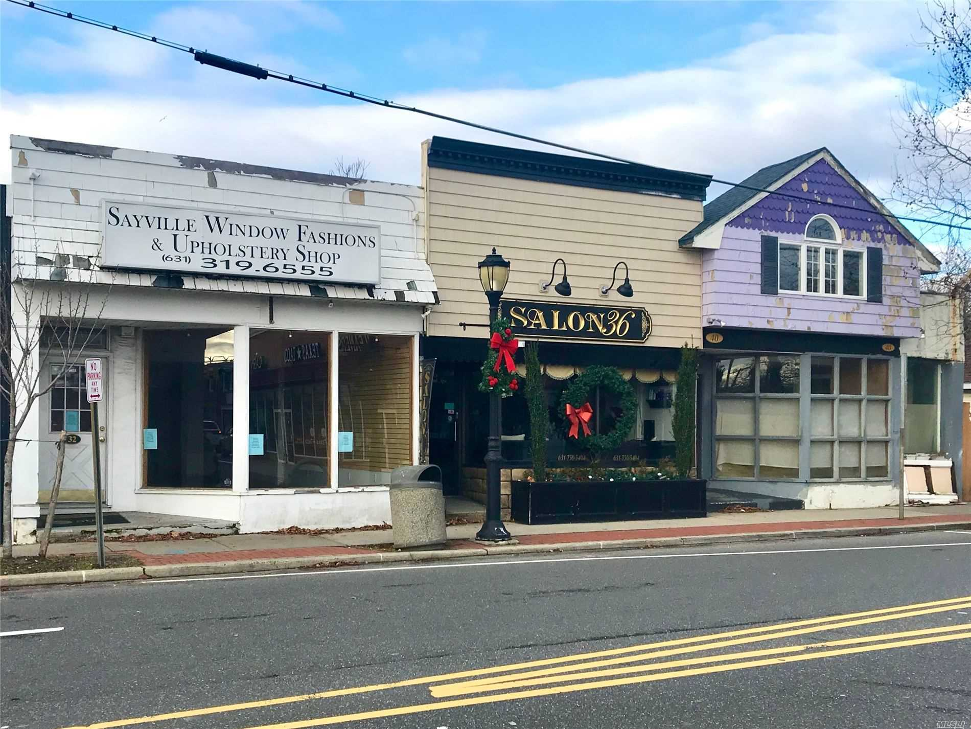 Acquisto commerciale in 32 Railroad, Sayville, NY ,11782