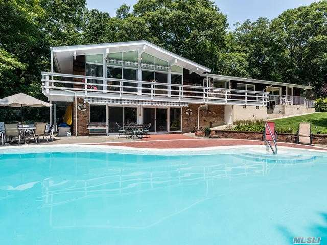 Residenziale in 271 Bridle Path Ln, Mill Neck, NY ,11765