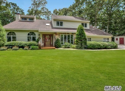 Residenziale in 65 Baiting Dr, Baiting Hollow, NY ,11933