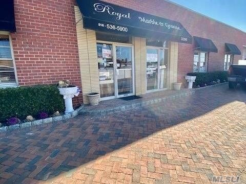 Acquisto commerciale in 3295 Royal, Oceanside, NY ,11572