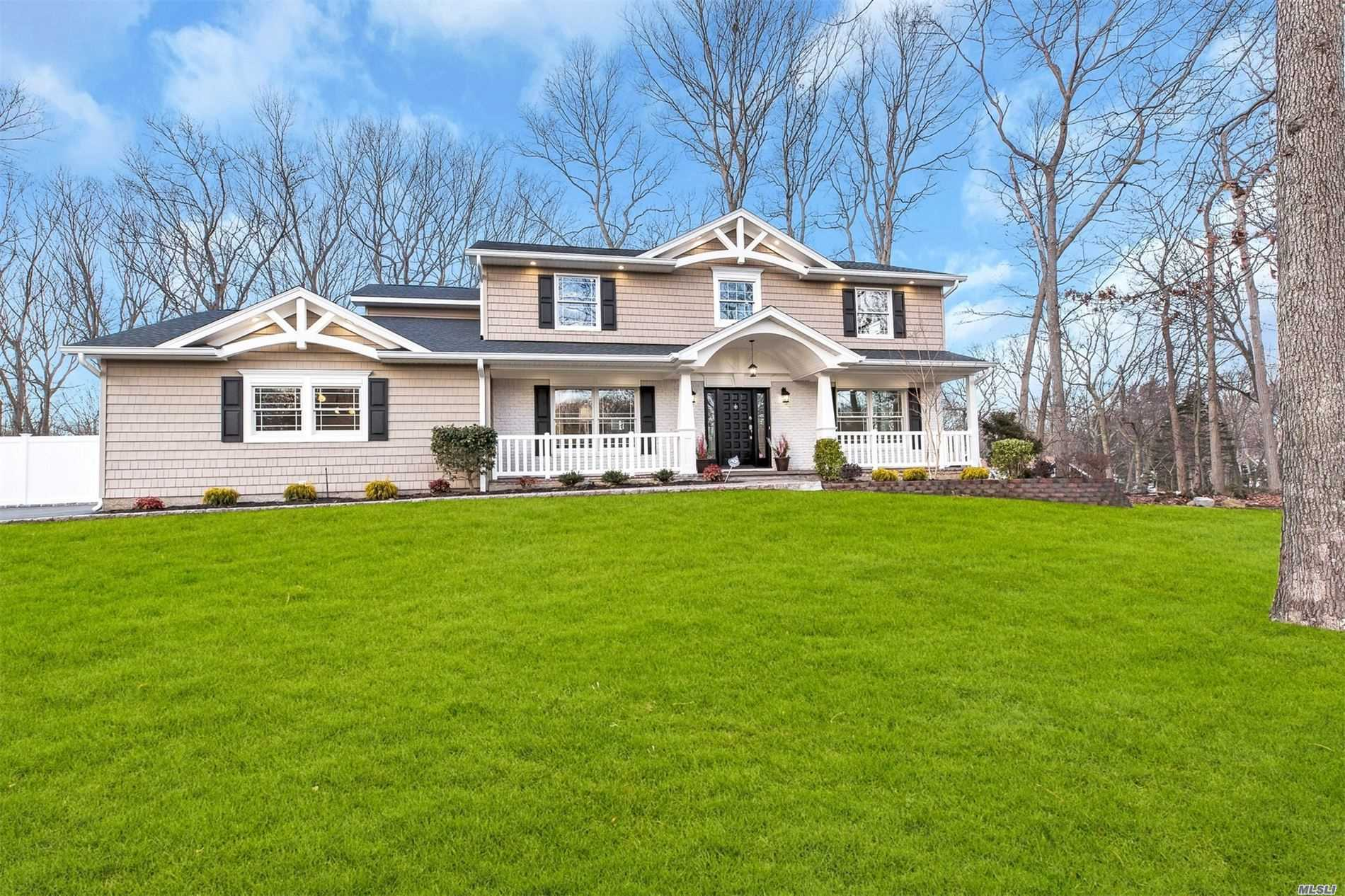Residenziale in 34 Hastings Drive, Fort Salonga, NY ,11768