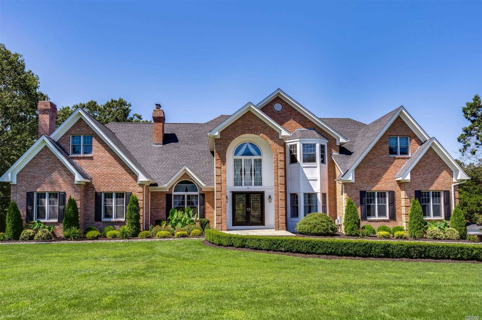 Residenziale in 16 Wood Hollow Ln, Northport, NY ,11768