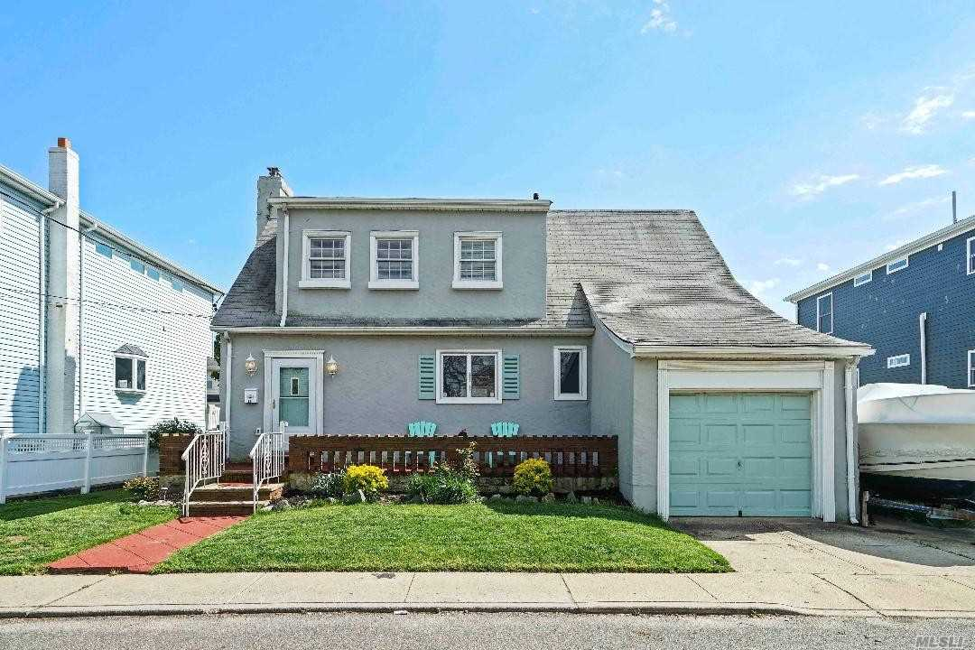 Residenziale in 22 19th W Rd, Broad Channel, NY ,11693