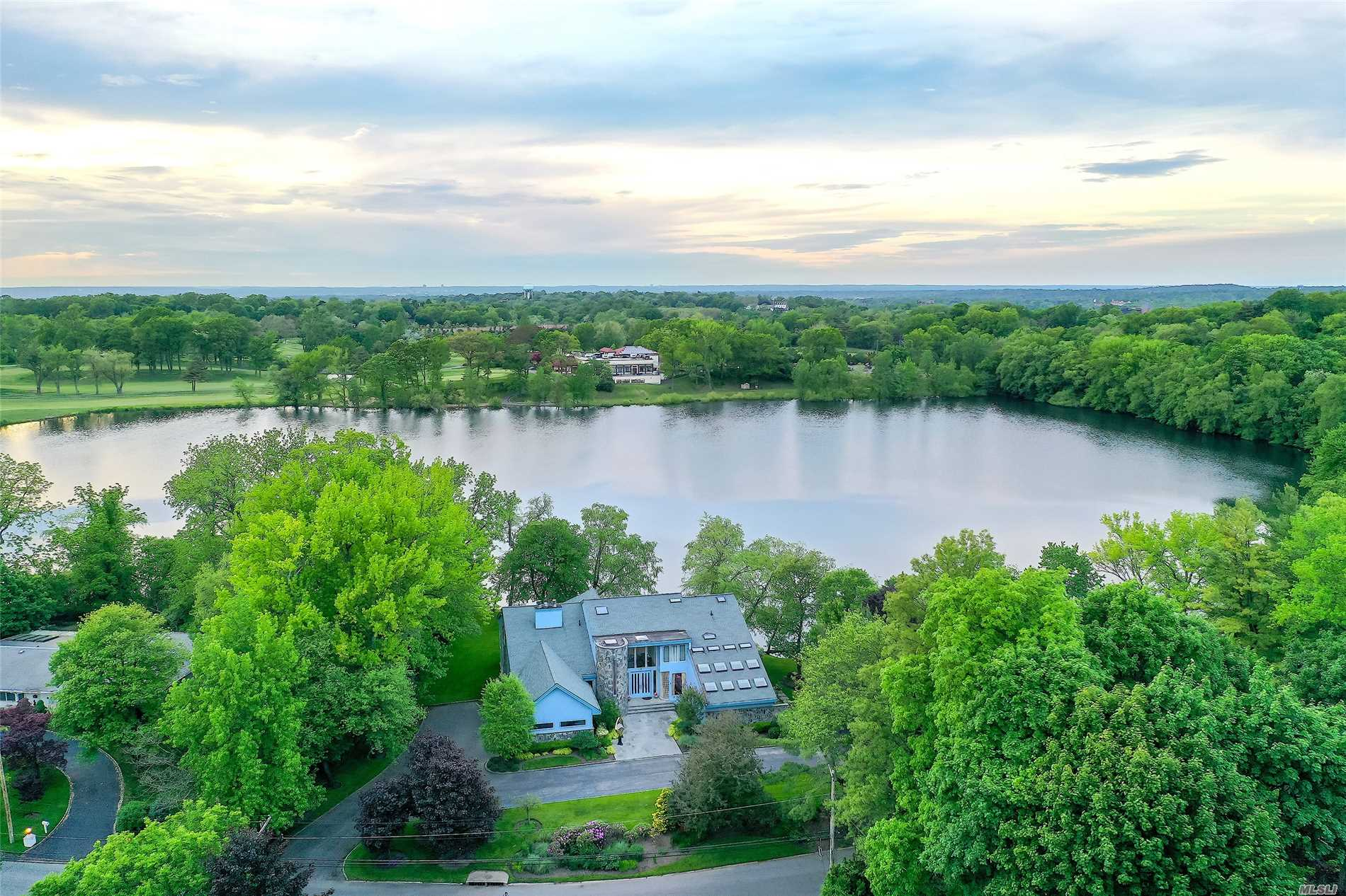 Residenziale in 7 Lake Rd, Great Neck, NY ,11020