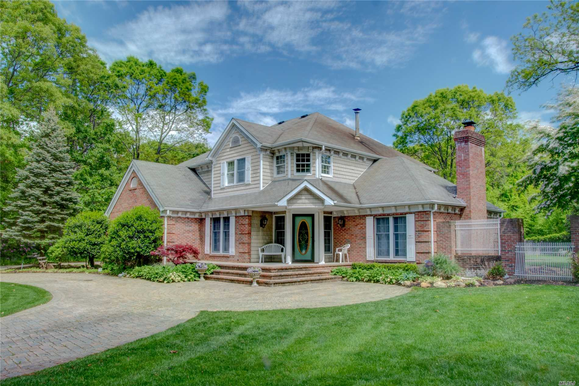 Residenziale in 5 Rockledge Ct, Rocky Point, NY ,11778