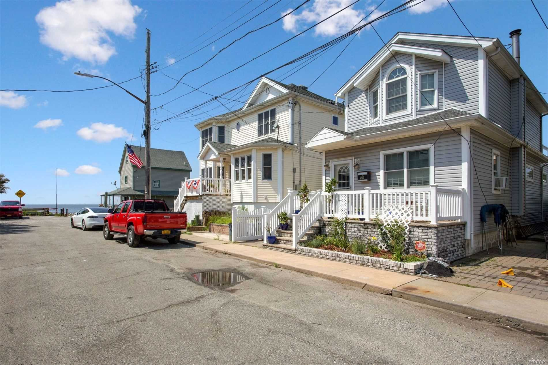 Residenziale in 59 17th W Rd, Broad Channel, NY ,11693