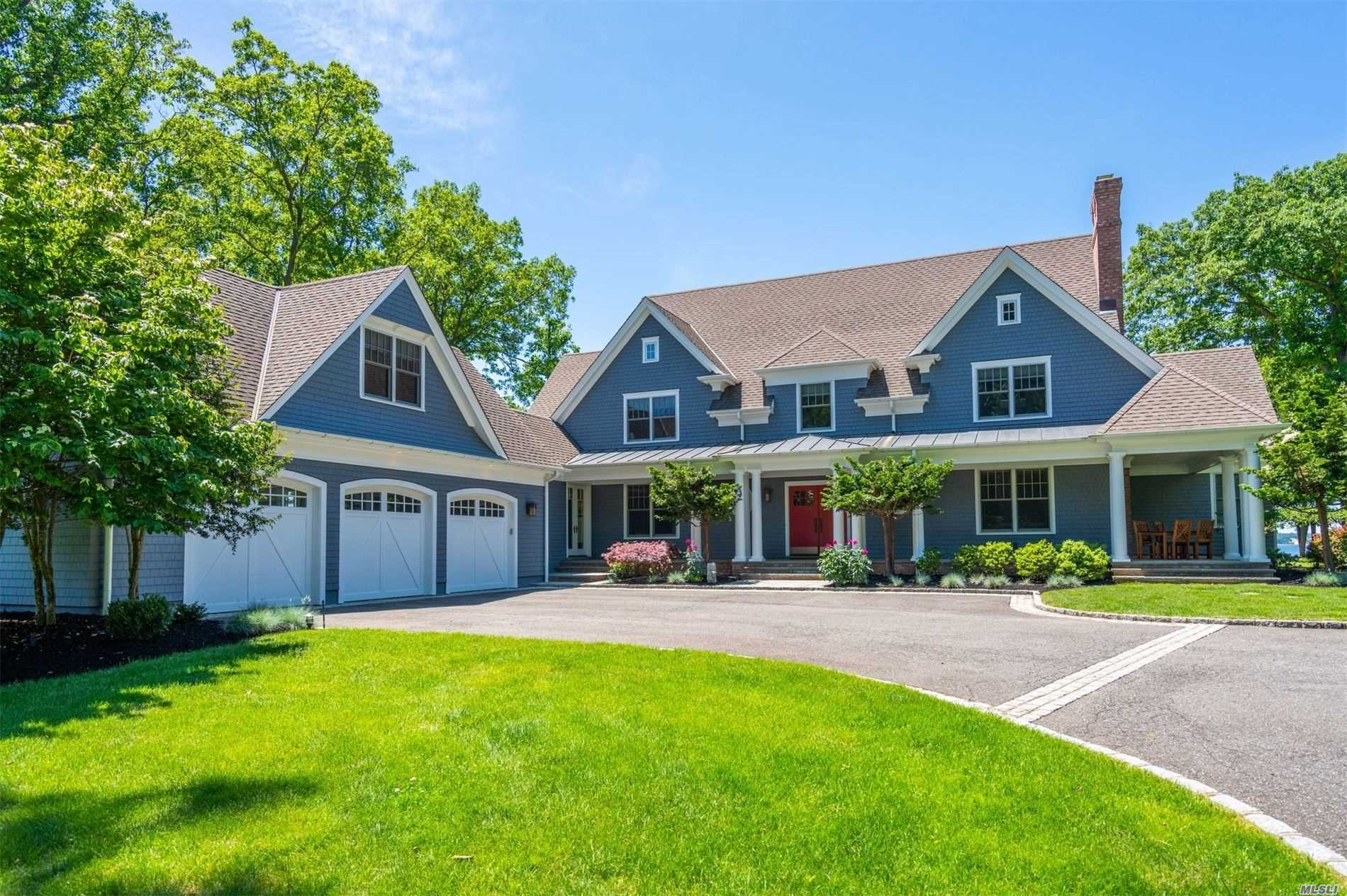 Residenziale in 306 Old Orchard Ct, Northport, NY ,11768