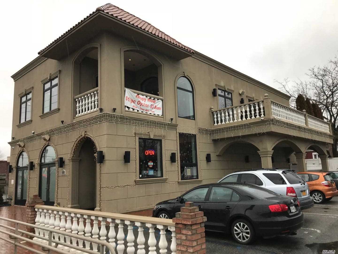 Acquisto commerciale in 3451 Long Beach Rd, Oceanside, NY ,11572