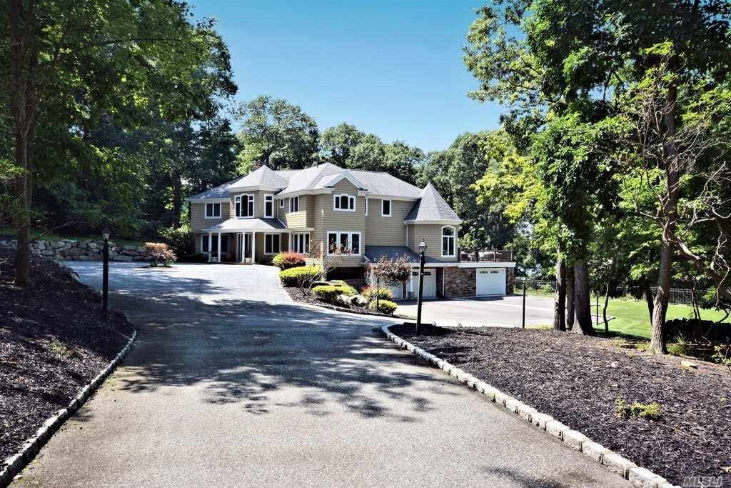 Residenziale in 1 Sunset Path, Belle Terre, NY ,11777
