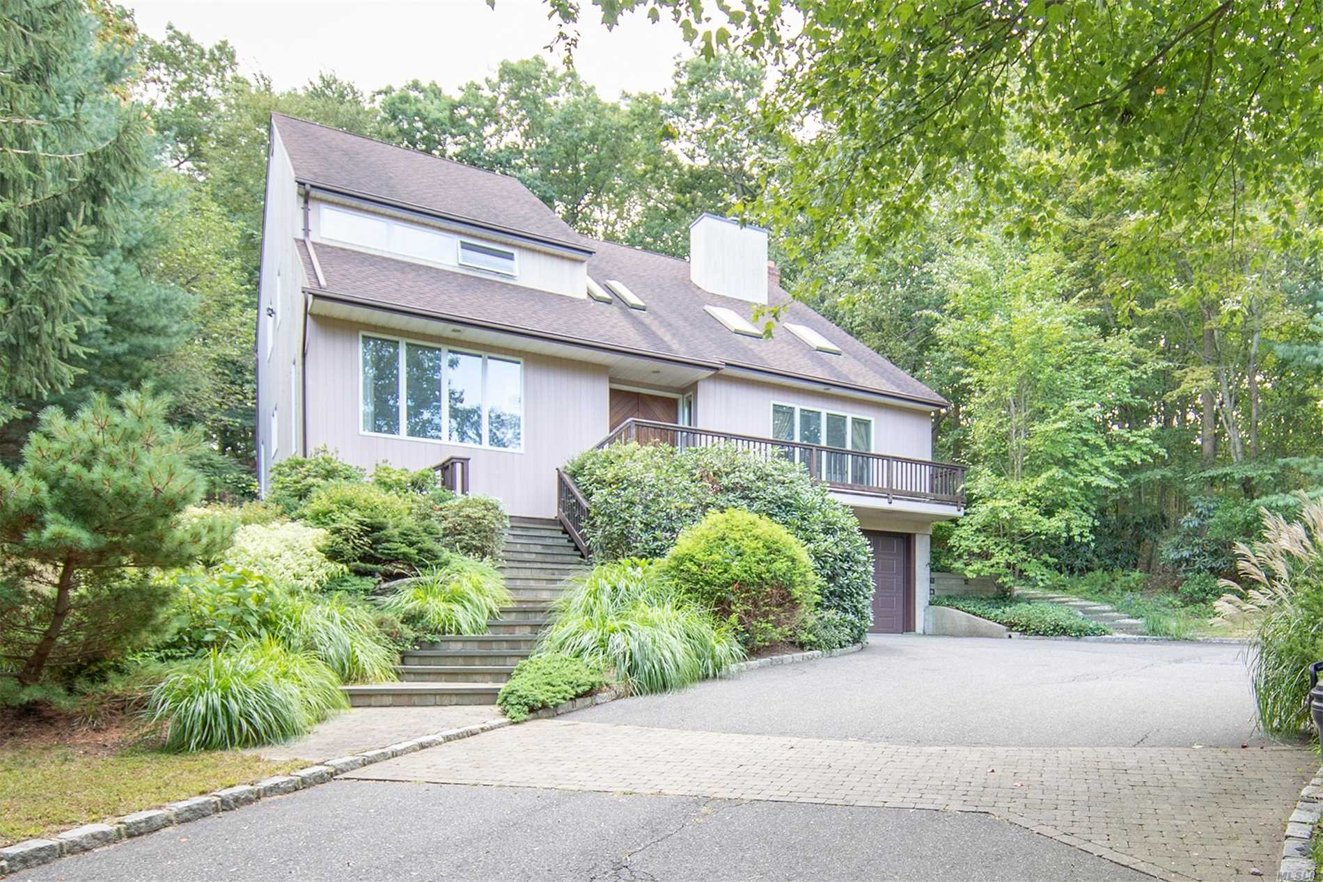 Residenziale in 1066 Fort Salonga Rd, Northport, NY ,11768