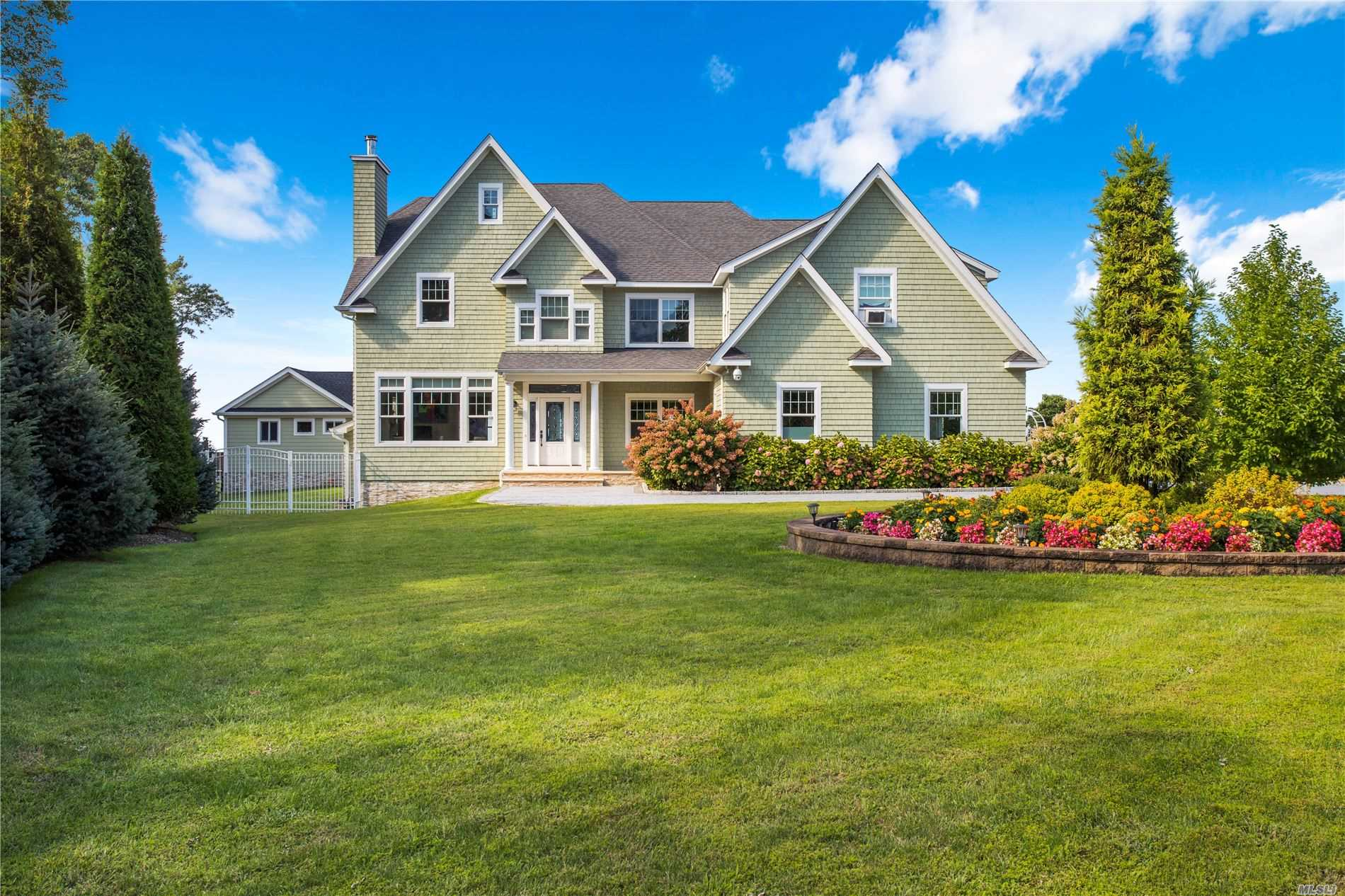 Residenziale in 34 Waterview Ct, Riverhead, NY ,11901