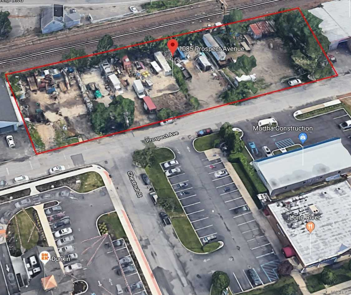 Acquisto commerciale in 1085 Prospect Ave, West Islip, NY ,11795