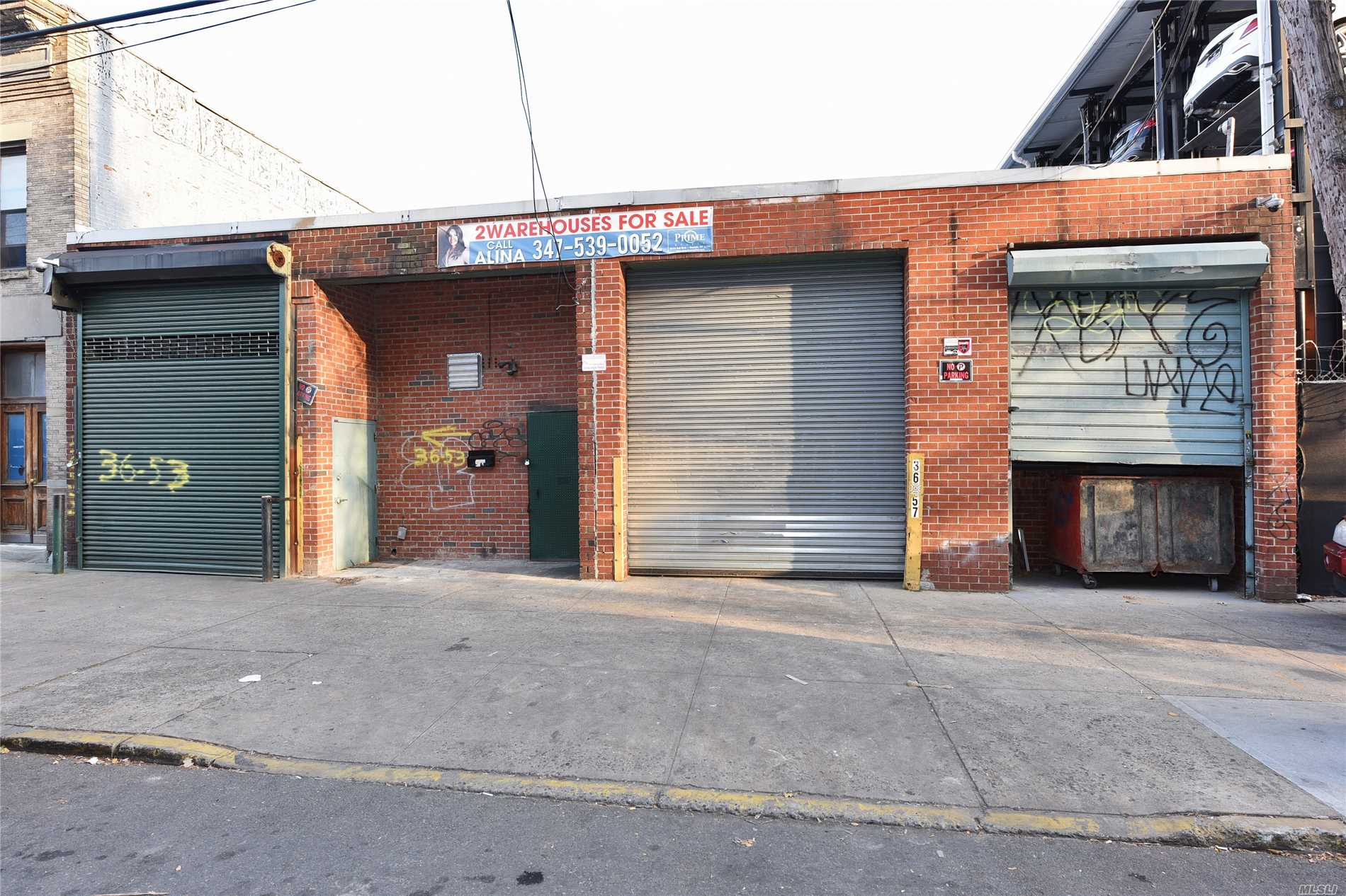 Acquisto commerciale in 36-53/ 57 35th Street, Long Island City, NY ,11106