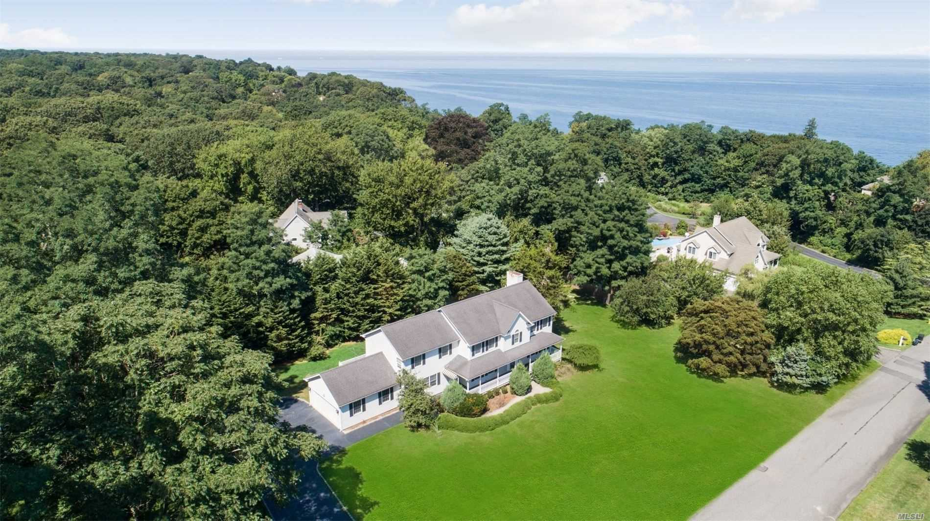 Residenziale in 2 Convent Dr, Miller Place, NY ,11764
