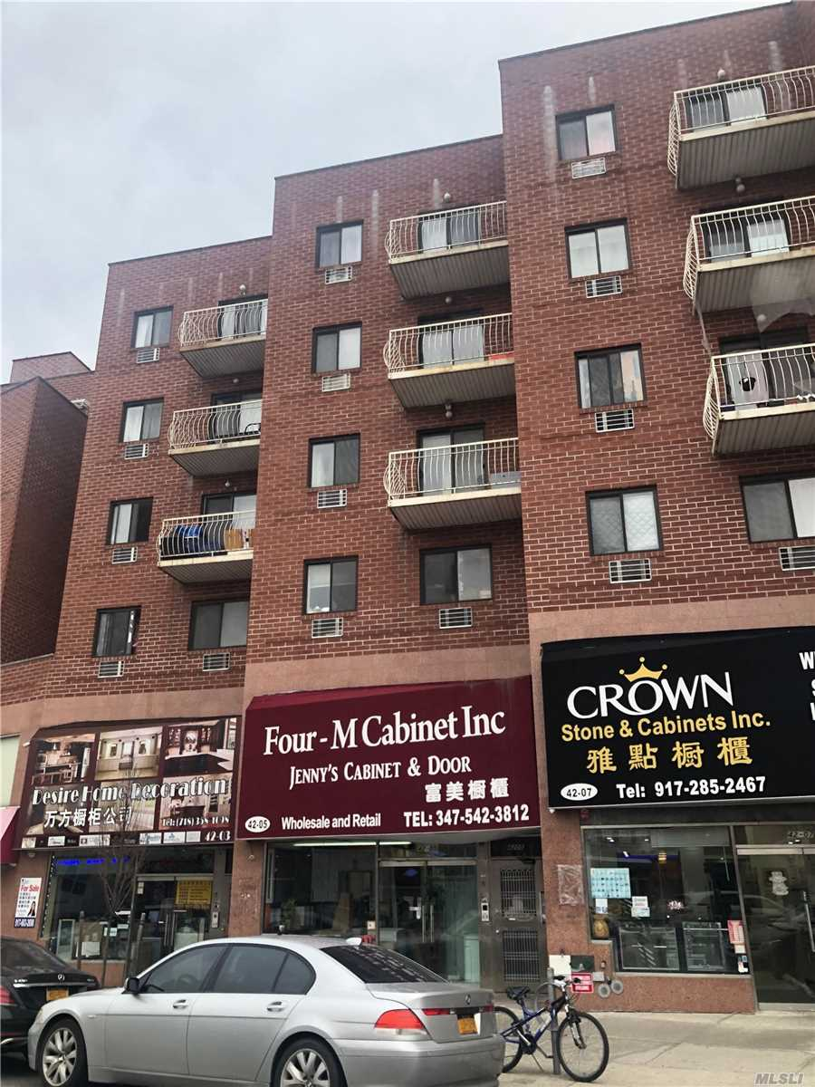 Acquisto commerciale in 42-05 College Point, Flushing, NY ,11355
