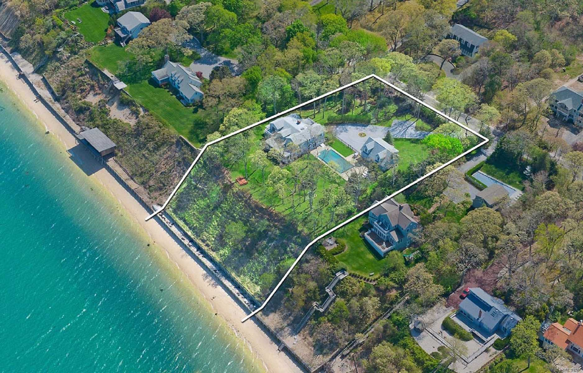 Residenziale in 4875 Nassau Point Rd, Cutchogue, NY ,11935