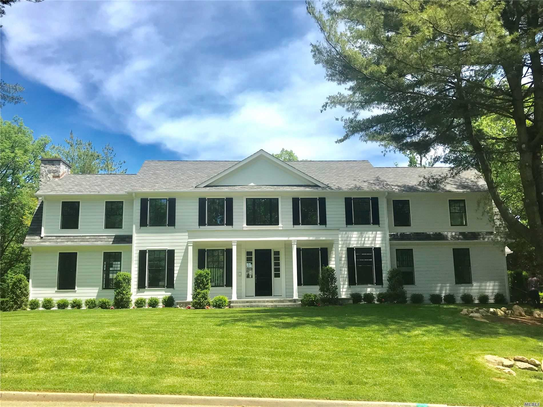 Residenziale in 1 West Gate Rd, Port Washington, NY ,11050