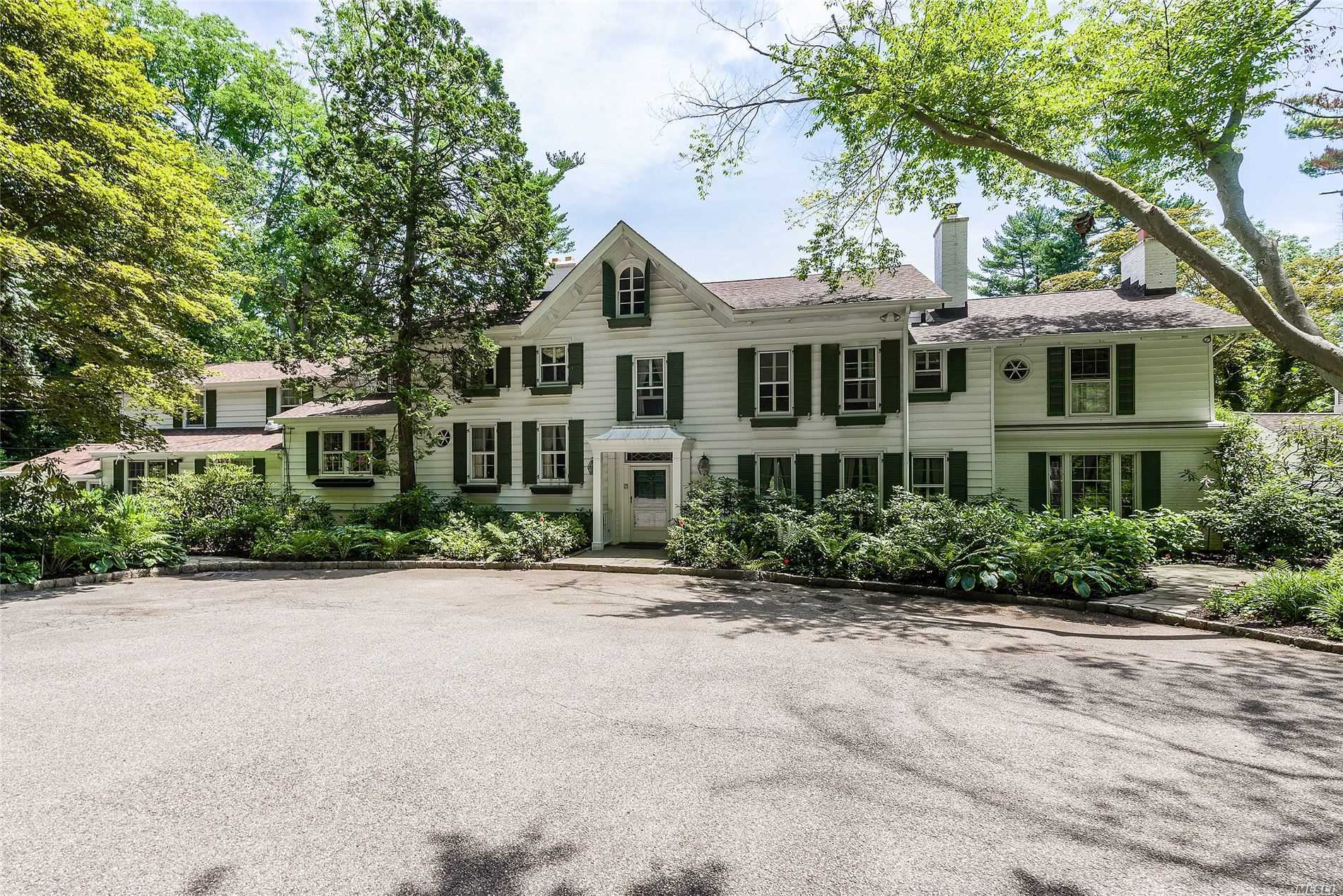Residenziale in 450 Oyster Bay Rd, Matinecock, NY ,11560