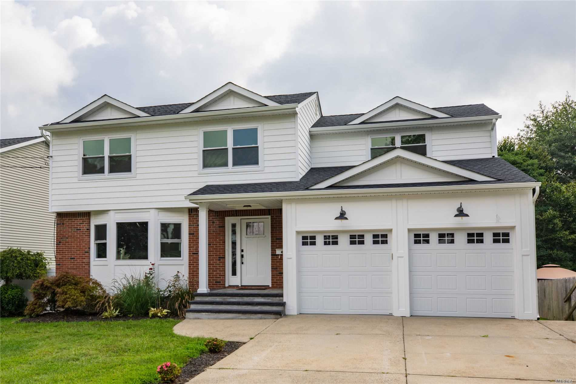 Residenziale in 1407 Wagner St, Wantagh, NY ,11793