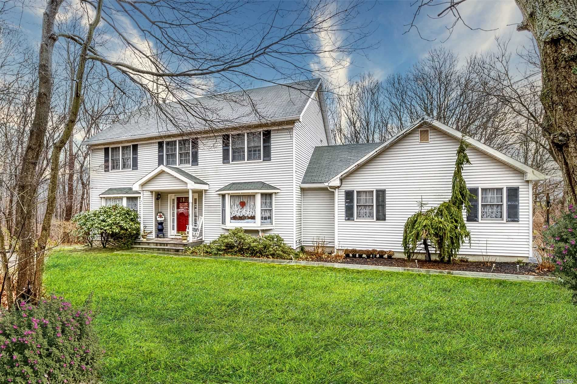 Residenziale in 83 Brookhaven Drive, Rocky Point, NY ,11778