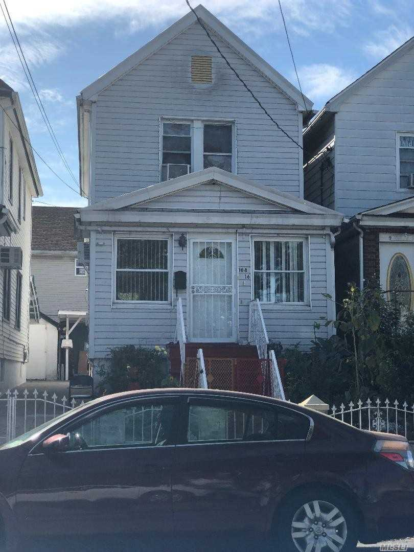Residenziale in 108-16 107th Ave, Richmond Hill S., NY ,11419