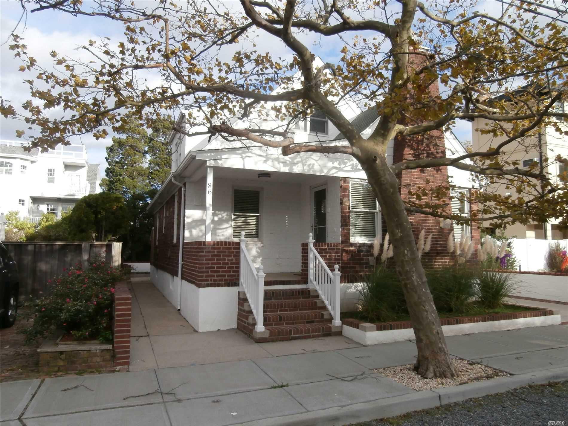 Affitti residenziali in 86 Inwood Ave, Point Lookout, NY ,11569