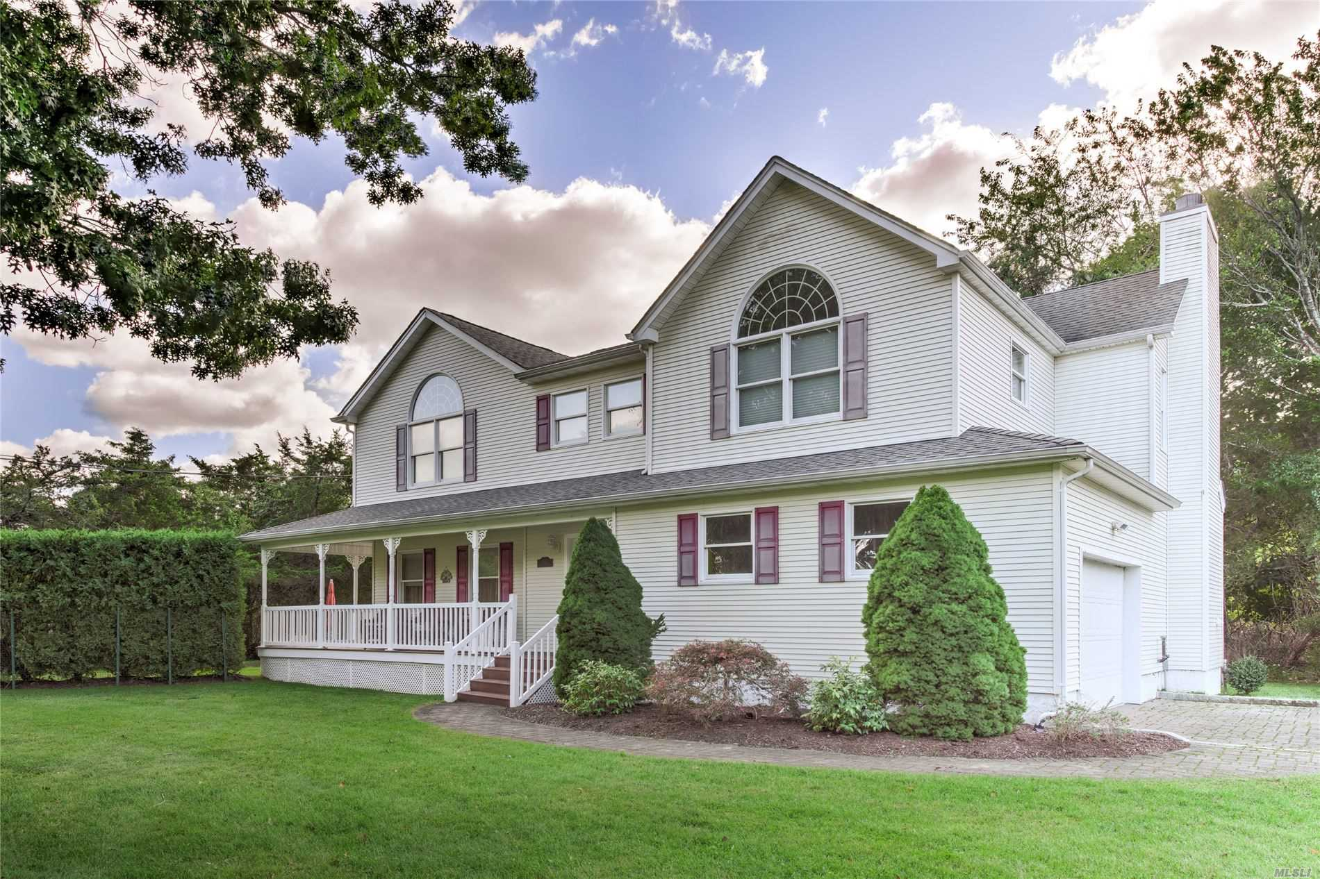 Residenziale in 1050 Gillette E Dr, East Marion, NY ,11939