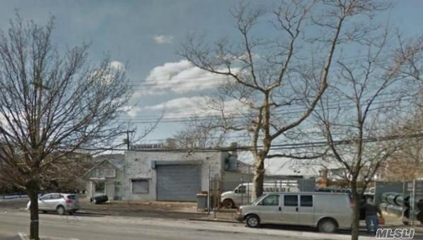Acquisto commerciale in 18-17 Cross Bay Blvd, Broad Channel, NY ,11693