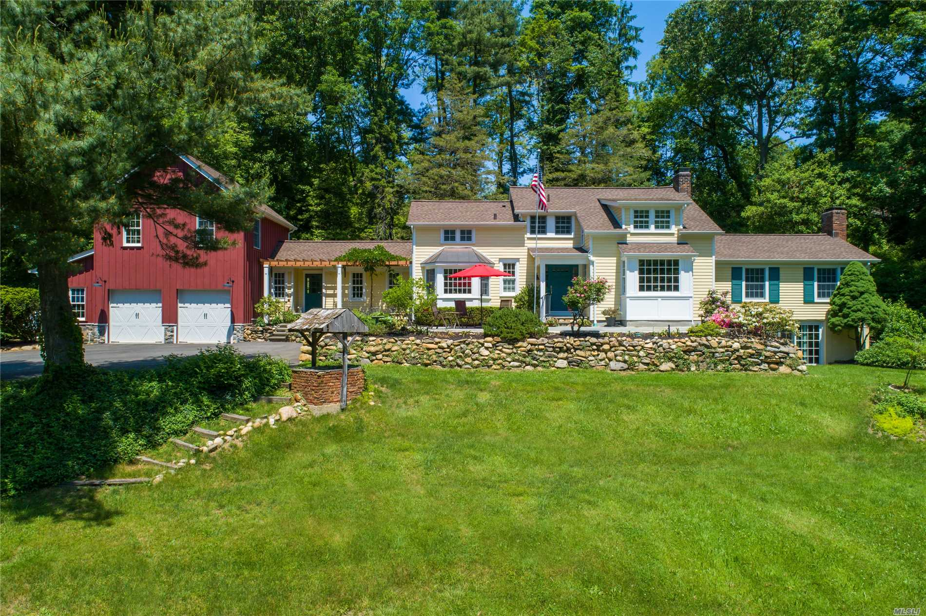 Residenziale in 175 Turkey Ln, Cold Spring Hrbr, NY ,11724
