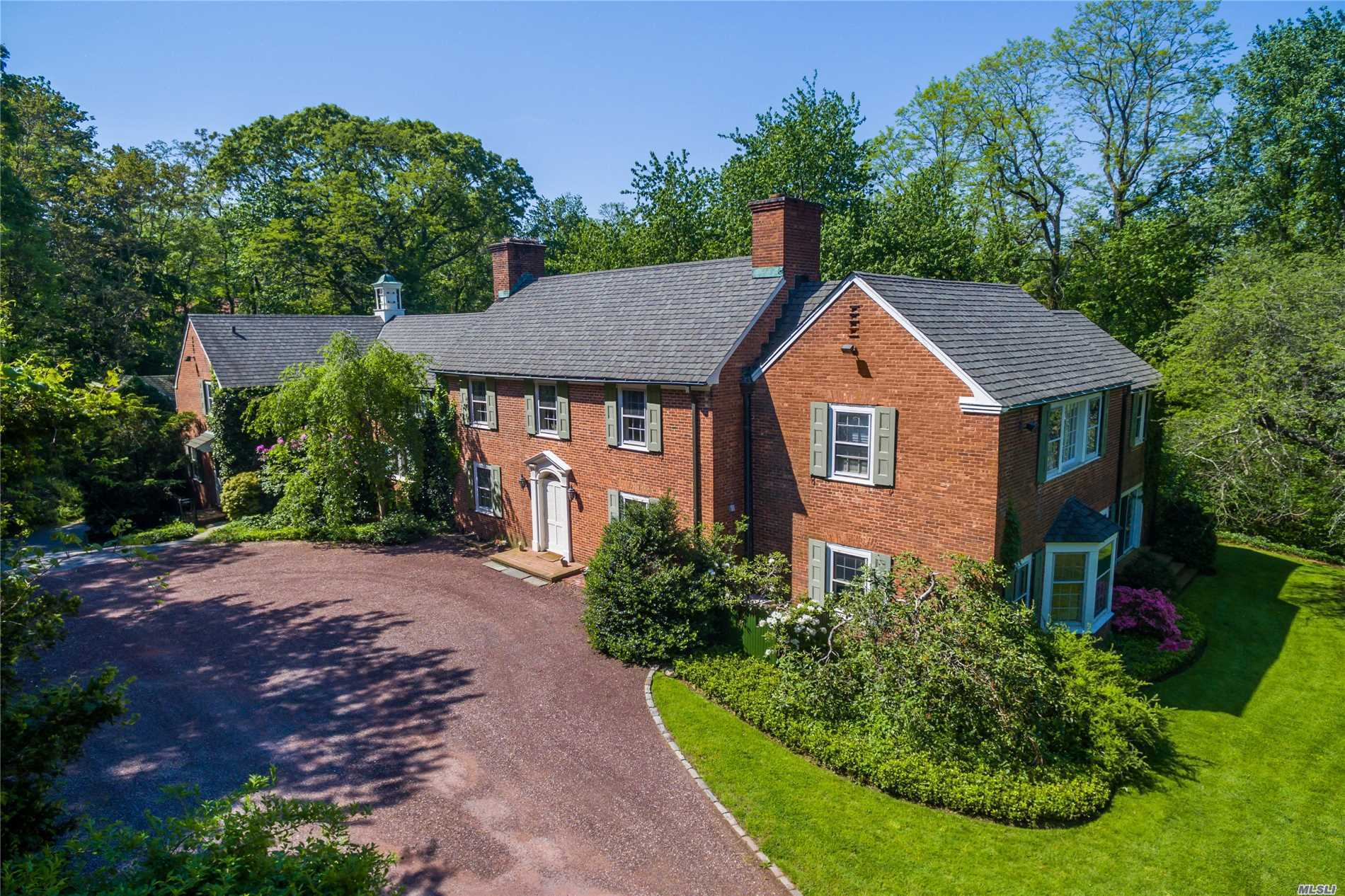 Residenziale in 60 Private Rd, Mill Neck, NY ,11765