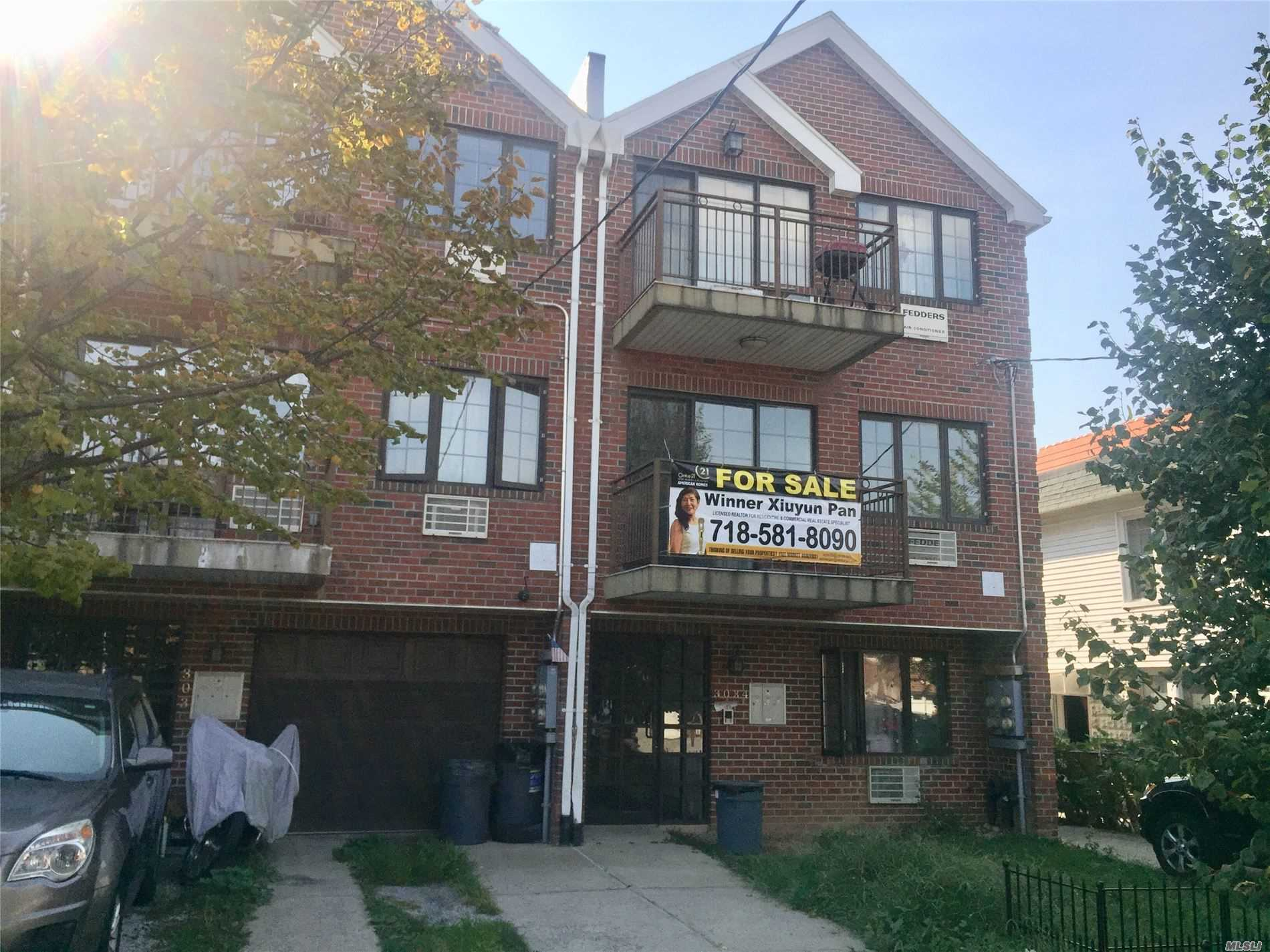 Residenziale in 30-34 81st St, Jackson Heights, NY ,11372